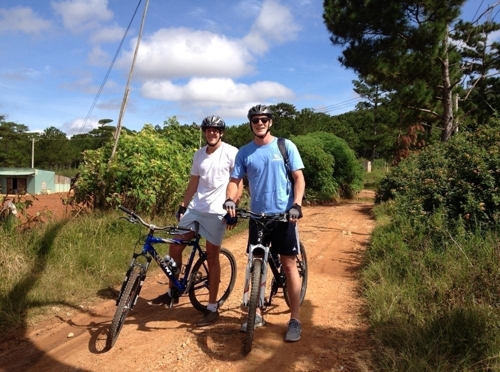 Amazing cycling tour in Mai Chau