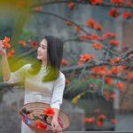 Hoa gao nowadays with a modern high school girl